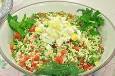 Kuskus Salatası Tarifi;  http://www.oktayustam.com/tarifler/32133-kuskus_salatasi_tarifi.html