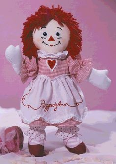 Valentine Raggedy Ann dolls--I have several Raggedy Ann patterns, so I must sew my own interpretation of this one :)