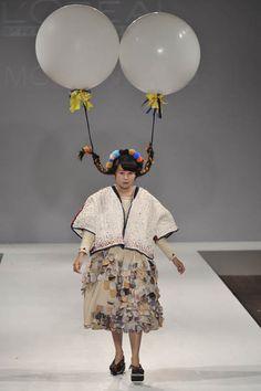 Momo Wang – Central St Martins BA Fashion Press show 201111