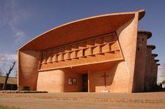 Eladio Dieste - Iglesia de Atlantida Cristo Obrero y Nuestra Señora de Lourdes - Atlantida, Canelones, Uruguay - 1958