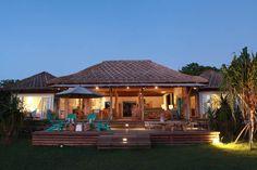 Driftwood - the ultimate in Beach House chic - Vacation Rentals in Nusa Lembongan, Bali - TripAdvisor