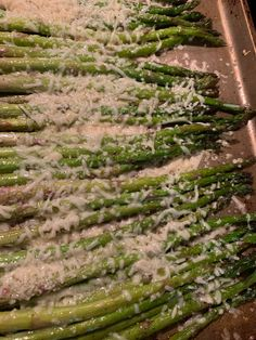 Roasted Asparagus with Parmesan & Garlic Cooking With Olive Oil, Fresh Asparagus, Saturated Fat, Just Do It, Casserole Dishes, Cooking Time, Parmesan, Garlic, Vitamins