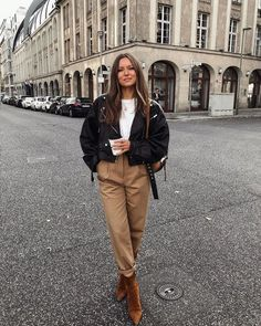 Winter Fashion Outfits, Fall Winter Outfits, Look Fashion, Autumn Winter Fashion, Trendy Outfits, Womens Fashion, Korean Fashion, Biker Fashion, Winter Ootd