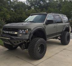 Raptor SUV