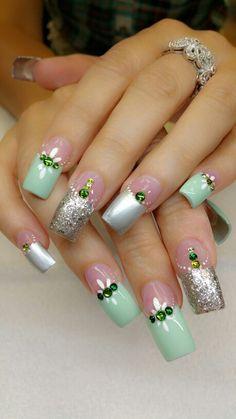❤️ the shape! Beautiful Nail Designs, Beautiful Nail Art, Cool Nail Designs, Gorgeous Nails, Pretty Nails, Fancy Nails, Bling Nails, Hot Nails, Hair And Nails