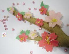 ♥♥♥ Sakura... by sweetfelt \ ideias em feltro, via Flickr