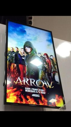 Arrow poster st SDCC 2015