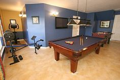 Very nice games room/excercise room in this spacious Orlando vacation home!