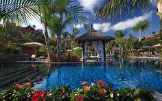 san-valentin-escapada-romantica-asia-gardens-alicante-piscina