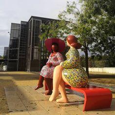 Conversation entre amie. #niort #igersniort #igersdeuxsevres #igersfrance #garden #jardin #jardindelabreche #lesdamesdelabreche #franckayroles #design #art #etod79_79 #etod79_niort #etod79_autumn #etod79_design #etod79_garden Conversation, Album, Instagram, Hats, Outdoor Decor, Design, Fashion, Moda, Hat