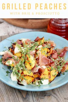 The perfect summer appetizer: Grilled Peaches with Brie & Prosciutto | the INSPIRED home