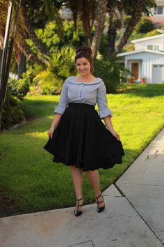 Our Kinsely top looks adorable with our black Veronica skirt. ❤️ Don't wait grab one before they are gone! Plus Size Cocktail Dresses, Modest Dresses, Modest Outfits, Skirt Outfits, Modest Fashion, Plus Size Dresses, Nice Dresses, Fashion Dresses, Arab Fashion