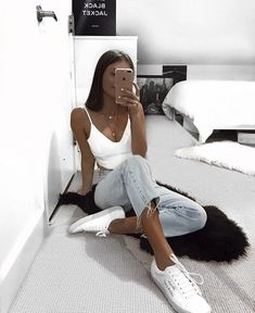 clothes for women,womens clothing,womens fashion,womans clothes outfits Mode Outfits, Trendy Outfits, Fashion Outfits, Fashion Clothes, Simple Outfits For Teens, Classy Outfits, Chic Outfits, Girl Outfits, Looks Style