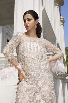 Latest Pakistani Dresses, Pakistani Designer Suits, Pakistani Fashion Casual, Pakistani Dress Design, Pakistani Suits, Bride Groom Dress, Organza Dress, Designer Dresses, Dress Designs