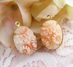 Vintage Carved Pink & Cream Flower Cameo Pendants 18x13mm Oval