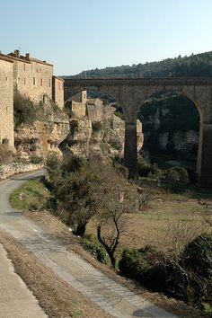 Gorges de la Cesse at Minerve ~ Languedoc Languedoc Roussillon, Beaux Villages, European Vacation, Pyrenees, South Of France, France Travel, Badass, Beautiful Places, To Go