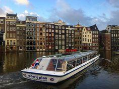 Viaggiare è uno stato mentale e non solo fisico. Se ti appresti ad esplorare l'Olanda devi assolutamente lasciarti trasportare da questo libro. Un viaggio romanzato che ti aprirà la giusta prospettiva per comprendere e conoscere una terra stupenda dalle caratteristiche uniche.