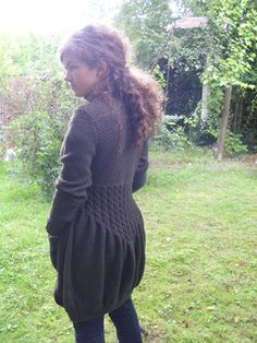 Ravelry: # 47 Kilkenny pattern by Evelyn Hase Knit Or Crochet, Knitting Projects, Ravelry, Crochet Patterns, How To Make, How To Wear, Turtle Neck, Boho, Dawn