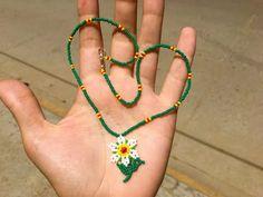 Crochet Bracelet Pattern, Bracelet Patterns, Beading Patterns, Leaf Earrings, Beaded Earrings, Pony Bead Projects, Hand Embroidery Patterns Flowers, Beard Jewelry, Jewelry Accessories