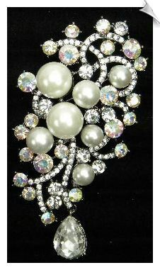 Bridal Vintage Style Faux Pearl & Clear with Iridescent Rhinestone Brooch with Rhinestone Tear Drop 4 X 2 in I Love Jewelry, Gems Jewelry, Pearl Jewelry, Diamond Jewelry, Rhinestone Jewelry, Fine Jewelry, Antique Brooches, Antique Jewelry, Vintage Jewelry