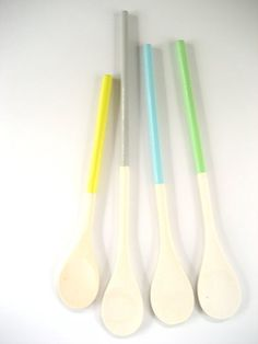 Set of 4 Dipped Wooden Kitchen Cooking Spoons