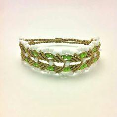 Micro macrame broken heart #my_armcandy Friendship Bracelets Designs, Bracelet Designs, Micro Macrame, Macrame Bracelets, Knots, Patterns, Heart, Jewelry, Braided Bracelets