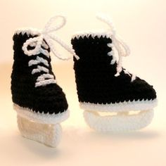 hockey baby booties - @Kristen Roman your baby girl needs these :)