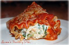 Chicken and Spinach stuffed pasta rolls