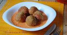 Polpette+di+carne+e+peperoni+con+salsa+di+peperoni