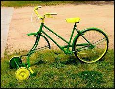 Turn A Bicycle Into A DIY Bike Lawn Mower... Truly Self Propelled Lawn Mower! 1