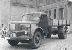 Škoda 706 Dump Trucks, Old Trucks, Classic Trucks, Classic Cars, Vintage Cars, Antique Cars, Vw Group, Ford Raptor, Commercial Vehicle