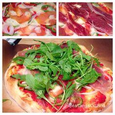 homECooking — hoy #Jueves #pizza con #jamonIberico #jamonserrano...