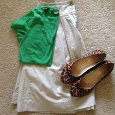 """Khaki Skirt Merona khaki skirt, size 8. 100% cotton. Lightweight and perfect for summer! The shoes and top in the picture are also in my closet!                                                Waist: 31"""".                                                                Length: 23"""" Merona Skirts"""