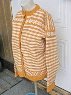 Mittens, Ravelry, Men Sweater, Beanie, Sweaters, Blog, Fashion, Threading, Fingerless Mitts
