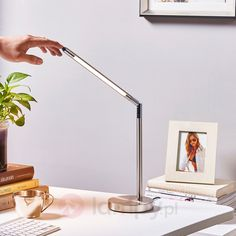 Atrakcyjna lampa biurkowa LED Jabbo 9620454 Desk Lamp, Table Lamp, Led, Lighting, Ideas, Home Decor, Table Lamps, Decoration Home, Room Decor