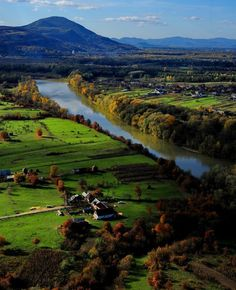 Maramures county, last bucolic region in Europe - © foto: Peter Lengyel The Beautiful Country, Beautiful Places, Rock Club, Places Around The World, Around The Worlds, Visit Romania, Romania Travel, Bucharest Romania, Places To See