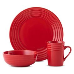Modern, bold and RED! Gorgeous dinnerware that will complement any meal.
