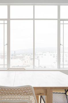 Einfach Renovieren mit Reform 3S, dem Sicher-Sauber-Schnelltauschfenster und von der sensationellen 4+1 Aktion profitieren – Fünf Fenster kaufen, nur vier bezahlen! Windows, New Construction, Refurbishment, Windows And Doors, Action, Simple, Window, Ramen