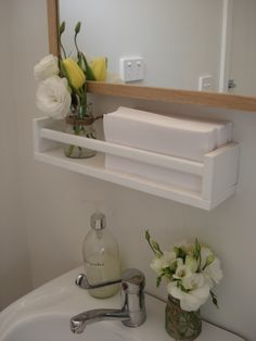 Upcycling – BEKVÄM Gewürzregal [Ikea Hackers + weitere Ideen] Little Ox, Ikea Bekvam spice rack as small bathroom shelf Ikea Hacks, Hacks Diy, Ikea Spice Rack Hack, Spice Racks, Ikea Hack Storage, Bad Hacks, Apartment Inspiration, Ikea Inspiration, Small Bathroom Shelves