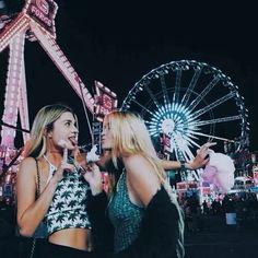 Imagem de girl, friends, and fun