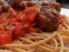 Spaghete Cu Chiftele Si Sos De Rosii, poza 3 Pasta, Ethnic Recipes, Pasta Recipes, Pasta Dishes