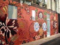 wall Street Flower - Look! Flower Mural at Gitane. Murals Street Art, Graffiti Art, Mural Wall Art, Mural Painting, Renovation Facade, Fleur Orange, Wal Art, Flower Mural, Flower Wall