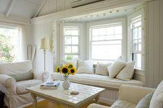fachadas de casas con bow windows - Buscar con Google