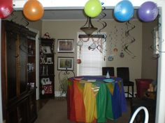 Rainbow table covering - 6 different covered tablecloths overlapped