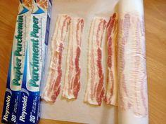 Fini de perdre du bacon congeler vos tranches une à côté de l'autre sur du papier cuisson rouler le tout et mettre dans un sac à congélation. On sort seulement la bonne quantité lorsqu'on en a besoin!