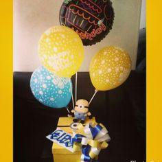 Desayunos sorpresa Party Time, Desserts, Batman, Gifts, Gift Ideas, Food, Candy Arrangements, Boy's Day, Gift Boxes