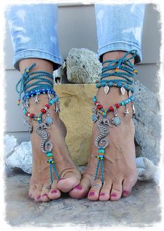SEAhorse BAREFOOT sandals Teal Beach Wedding Turtle charm sandal colorful Ocean jewelry Sparkly Bohemian crochet foot jewelry GPyoga