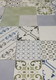 Cersaie 2017 - Aquarel: a 15x15 size collection that comprehends 4 colors (white, blue, olive and grey). It also displays a lot of different decors in 3 colors. Both the plain tiles and the decors are printed in digital and they are inspired by the artisan cement tiles. Cement Tiles, Porcelain Tiles, Wall Tiles, New Ravenna, Elba, Kitchen Backsplash, My Images, The Good Place, Tile Floor