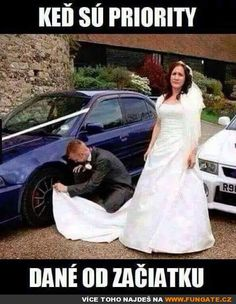 Funny pictures about Car Guys. Oh, and cool pics about Car Guys. Also, Car Guys photos. Car Jokes, Funny Car Memes, Car Humor, Funny Cars, Car Guy Memes, Funniest Memes, Funny Wedding Photos, Wedding Pics, Funny Photos