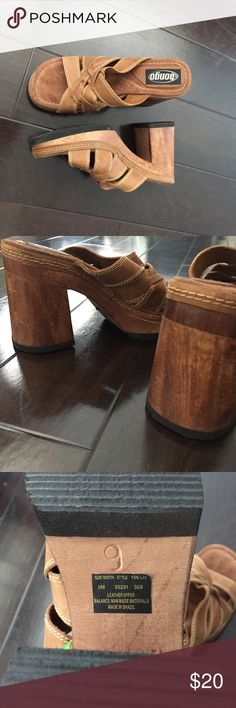 Bongo Vintage Clog Wood Leather Platform Heels Re-posh Bongo Vintage Wood/ Leather Retro Platform Clog Heels. I bought them off of here and they didn't fit exactly how I'd like; they were a bit small. This fits best for a size 8-8.5 or a narrow 9. These with some socks would look AMAZING❗️✨✨✨ These need a good home because I'm not making any good use of them. They are in GREAT conditions; like new 😋🌈🦋 Feel free to ask any Qs🐒🌺 BTW you don't find these shoes anywhere anymore! BONGO Shoes…